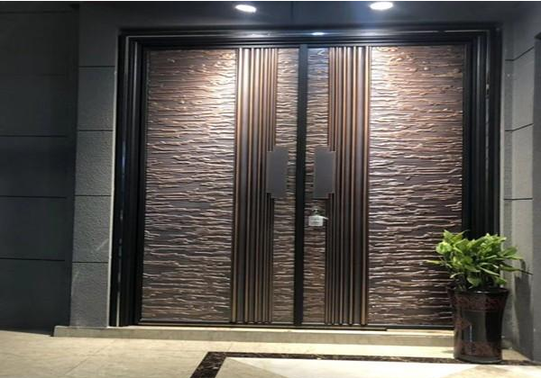 Cast aluminum explosion-proof door